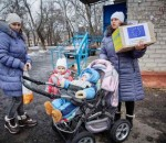 photo_1_a_family__receives__hygiene_kits_in_slovyansk_650x410
