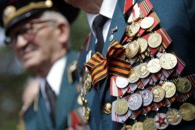 susplstvo_veteranam-sevastopolya-nachali-vyplachivat-denezhnuyu-pomosch-ko-dnyu-pobedy_261