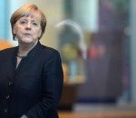 epa05571657 German Chancellor Angela Merkel awaits the arrival of Sweden's King Gustaf and Queen Silvia in front of the Federal Chancellery in Berlin,Germany, 05 October 2016. The royal couple are currently on a four-day tour of Germany that includes stops in Berlin, Hamburg, Saxony-Anhalt and Saxony.  EPA/BRITTAPEDERSEN