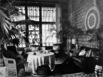 Палац_Мсциховського_,_пальми_в_помешканні,_1916_р