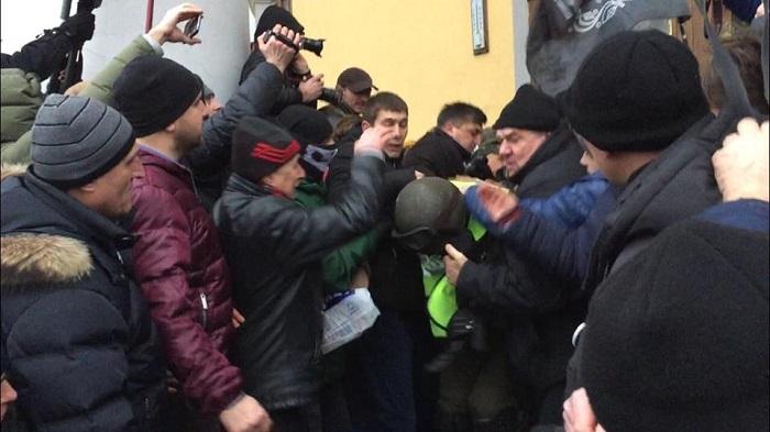 Попытка захвата Октябрьского дворца в Киеве сторонниками Саакашвили: реакция соцсетей