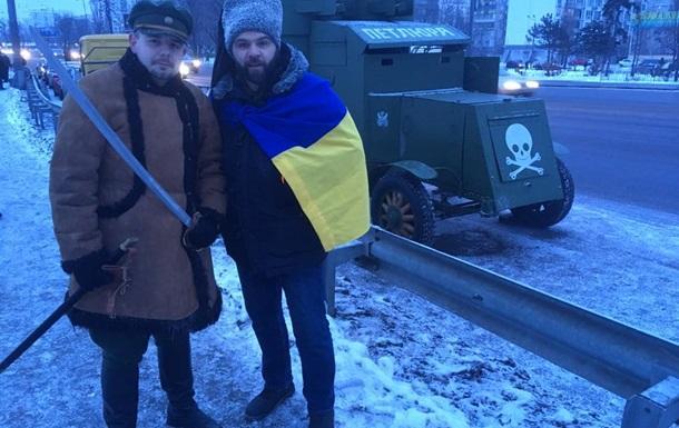 События дня: «тайные встречи» Порошенко и Путина, мобильное бессилие «ДНР» и броневик в центре Киева